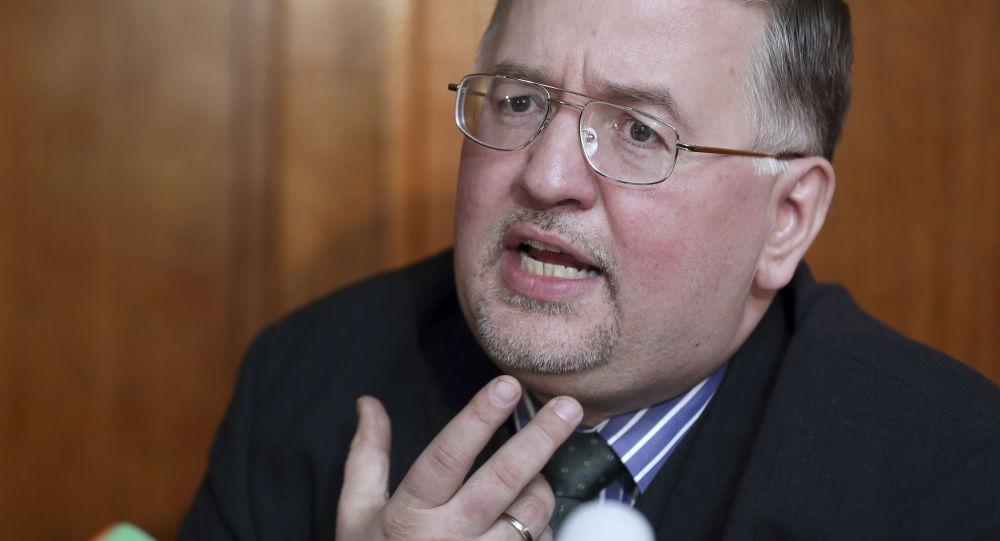 Člen německé ultrapravicové strany Alternativa pro Německo (AfD) Arthur Wagner