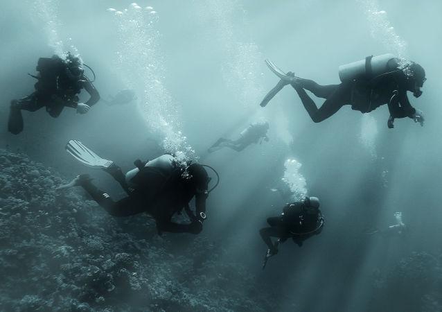 Potápěči. Ilustrační foto