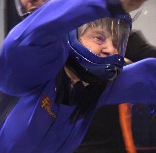 Předstihla mladé: 96letá válečná veteránka si podmanila aerodynamický tunel