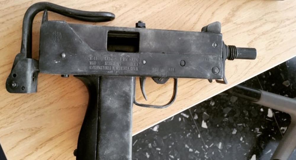 Švédské policii se vysmáli za to, že považovala hračku za opravdovou zbraň Denix