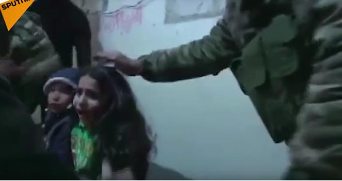 Syrská armáda uveřejnila video nočního útěku dětí z východní Ghúty