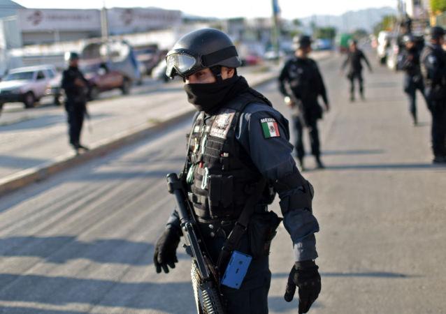 Policie v Acapulco