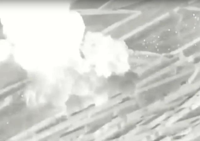 Válka proti drogám: Americký letoun A-10 zničil drogovou laboratoř Tálibánu