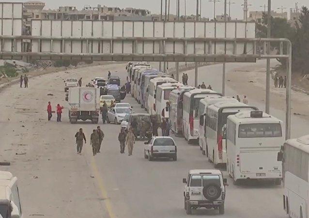 Ruské MO zveřejnilo videozáznam odchodu ozbrojenců z Harasty