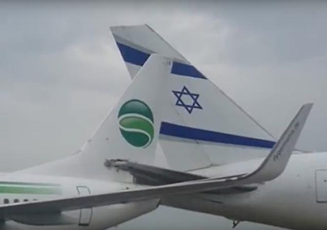 Letadla z Německa a Izraele se srazila na přistávací dráze