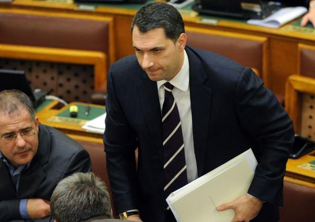 Předseda maďarské vlády Janos Lazar