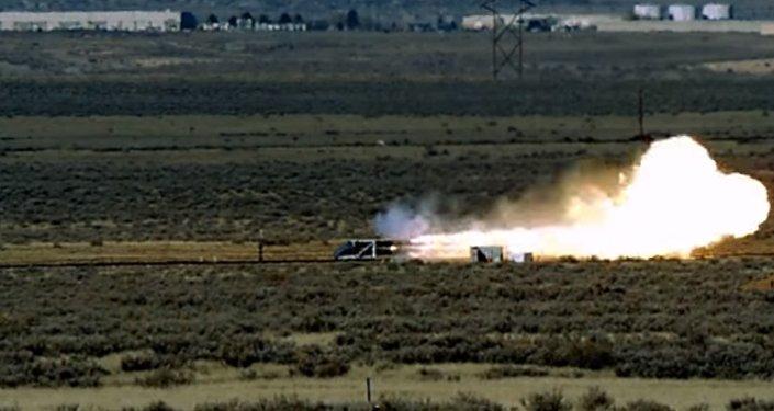 Symfonie destrukce: Podívejte se na názornou zkoušku atomové zbraně
