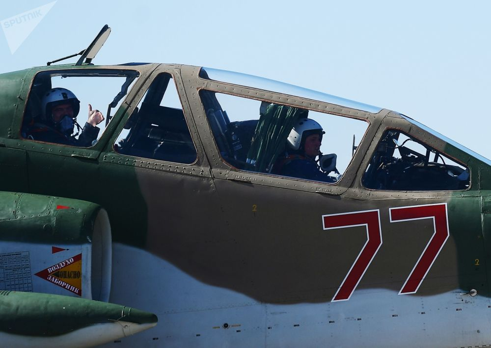 Zkouška leteckého programu přehlídky ke Dni vítězství