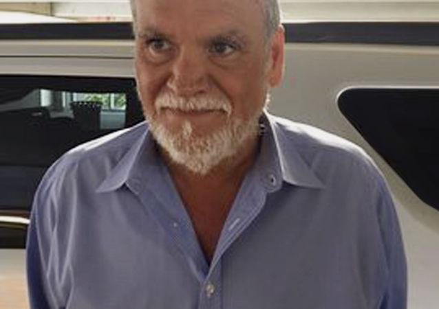 Michael Paris