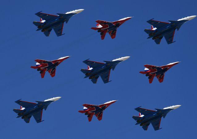 Su-30SM a MiG-29