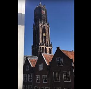 V holandském kostele byly na zvony zahrány písně Avicii