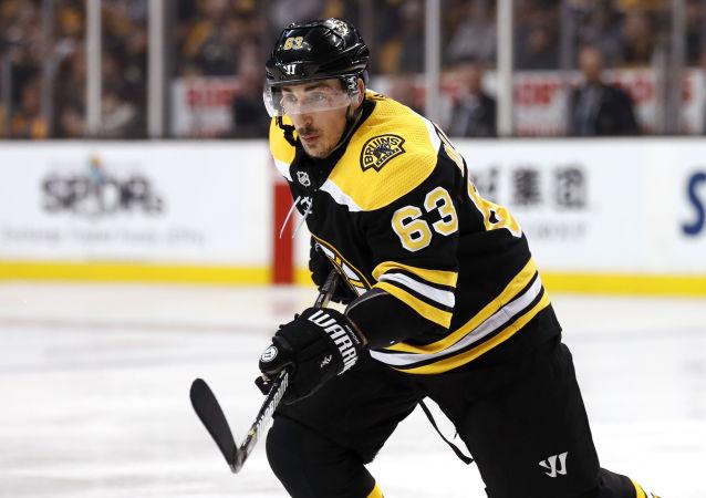 Kanadský hokejista Brad Marchand