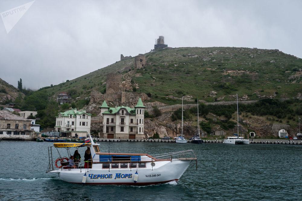 Dovolená na Krymu: sezóna zahájena