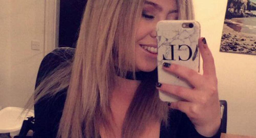 Bloggerka Chloe Lucasová