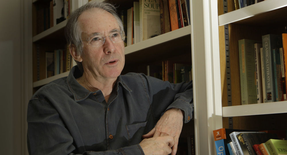 Britský spisovatel Ian McEwan