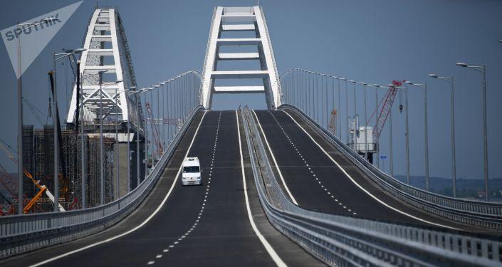 Otevření silniční části Krymského mostu