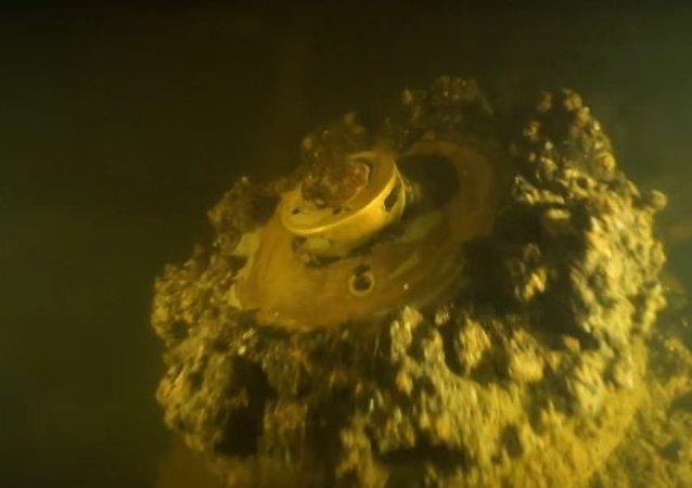 V Petrohradě objevili potopenou vlajkovou loď Ladožské flotily