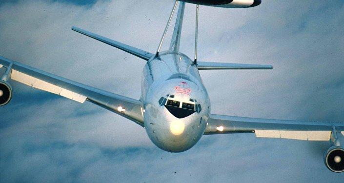 Boeing 707 v modifikaci AWACS. Ilustrační foto