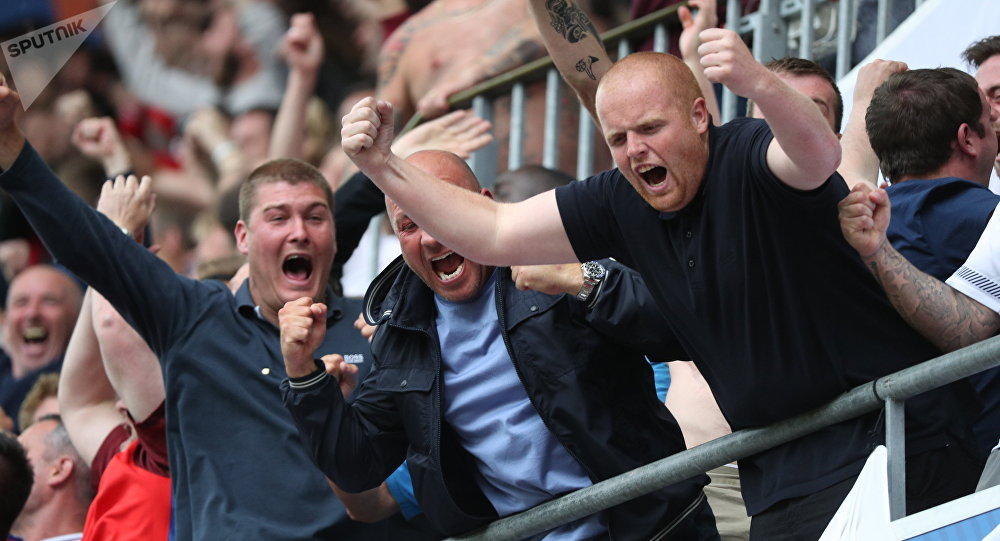 Angličtí fotbaloví fanoušci