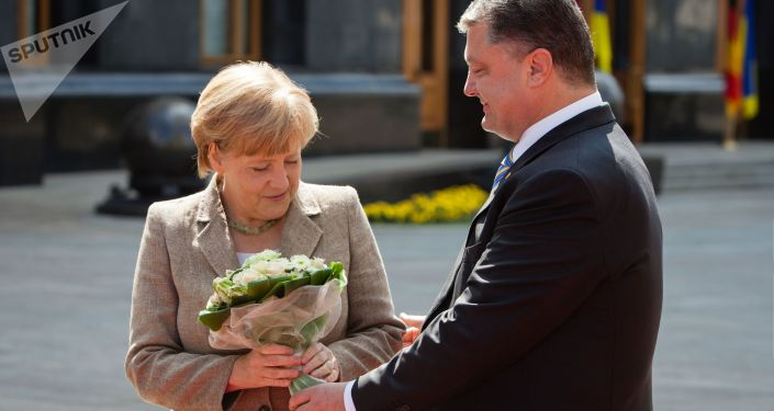 Petro Porošenko a Angela Merkelová