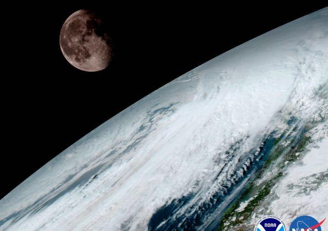 Jedna z prvních fotografií sondy GOES-16
