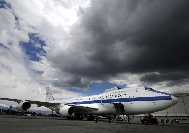 Boeing E-4B Nightwatch, známý jako letadlo soudného dne
