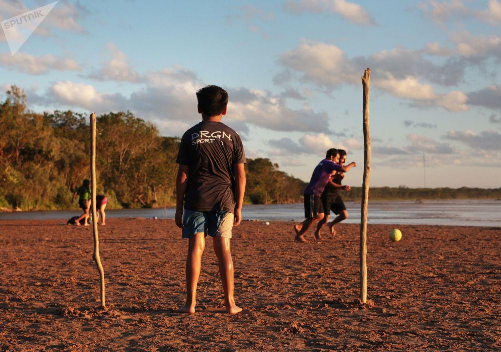 Hráči fotbalu v Bolívii