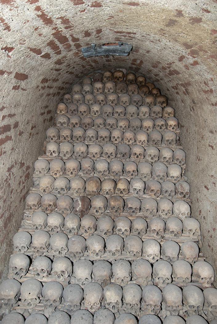 9 bizarních historických faktů: Kanibalizmus, mumie jako lék a strašidelné rituály