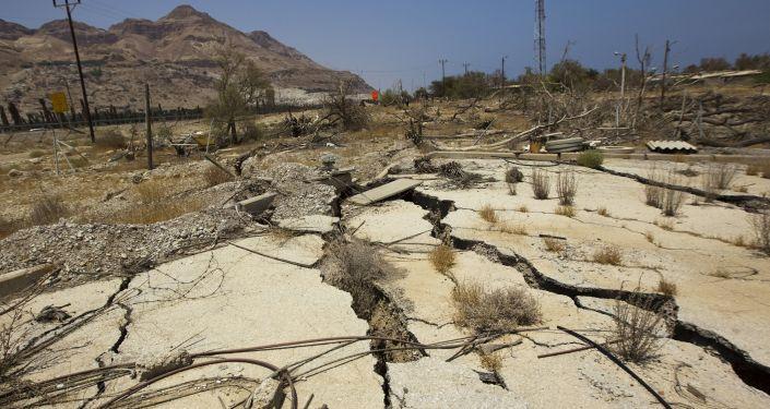Sucho na pobřeží Mrtvého moře