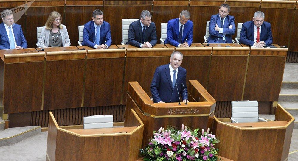 Bývalý slovenský prezident Andrej Kiska s projevem v parlamentu