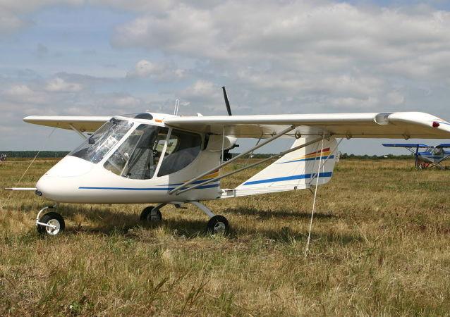 dvojmístné letadlo X-32 Bekas