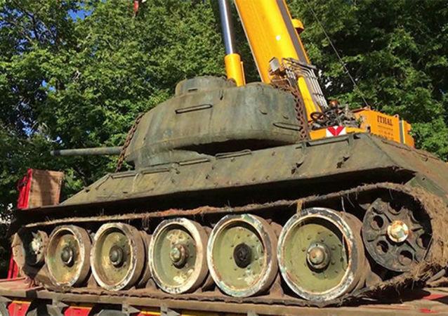 Tank Т-34-85