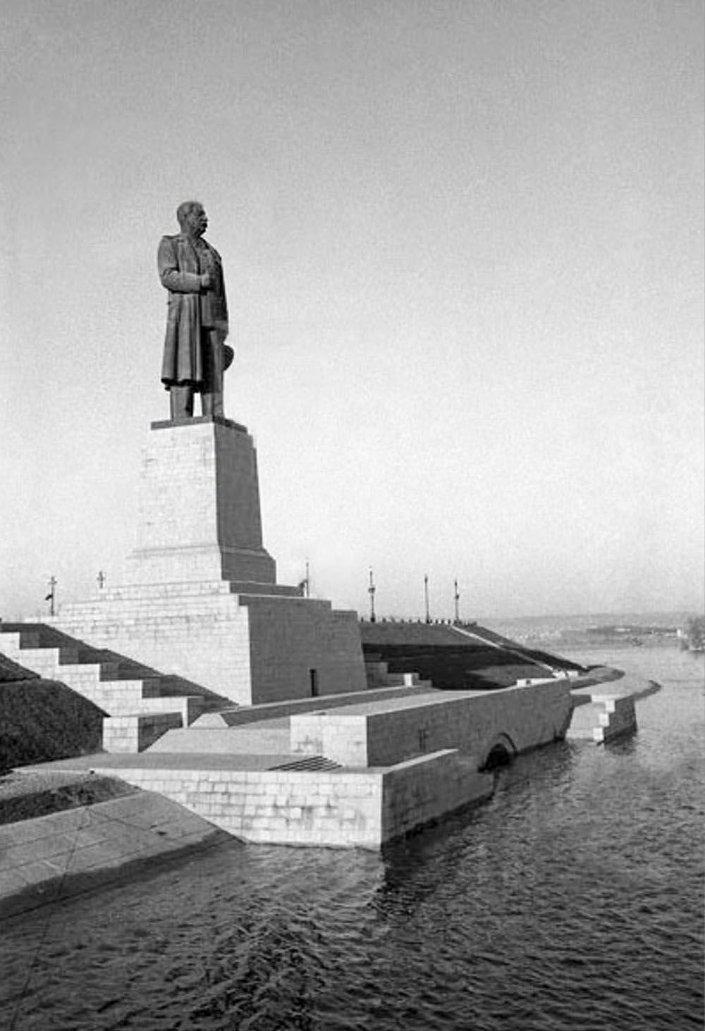 Pomník Stalinovi v Stalingradu