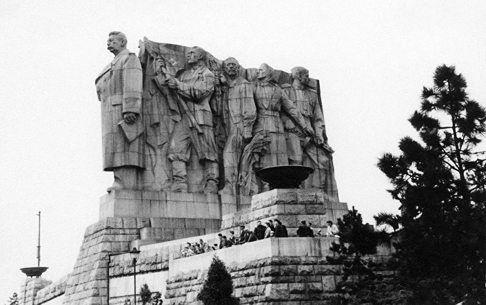 Pomník Stalinovi v Praze