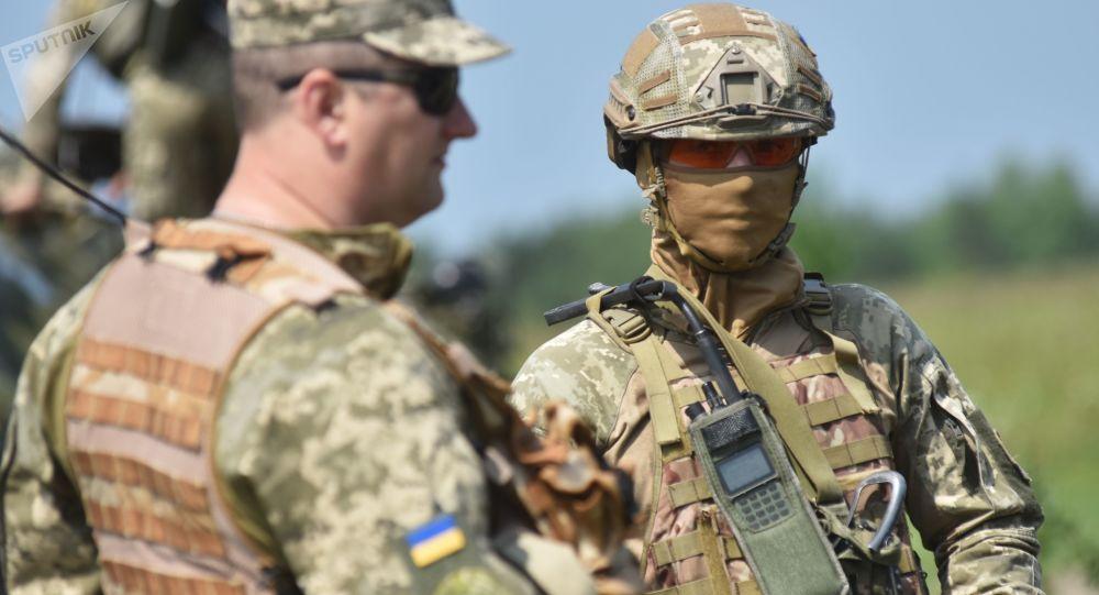 Ukrajinští vojáci během taktických cvičení. Ilustrační foto
