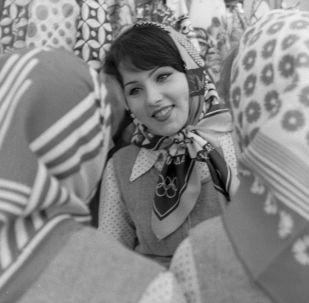 Šátky se znakem Moskevských olympijských her v roce 1980