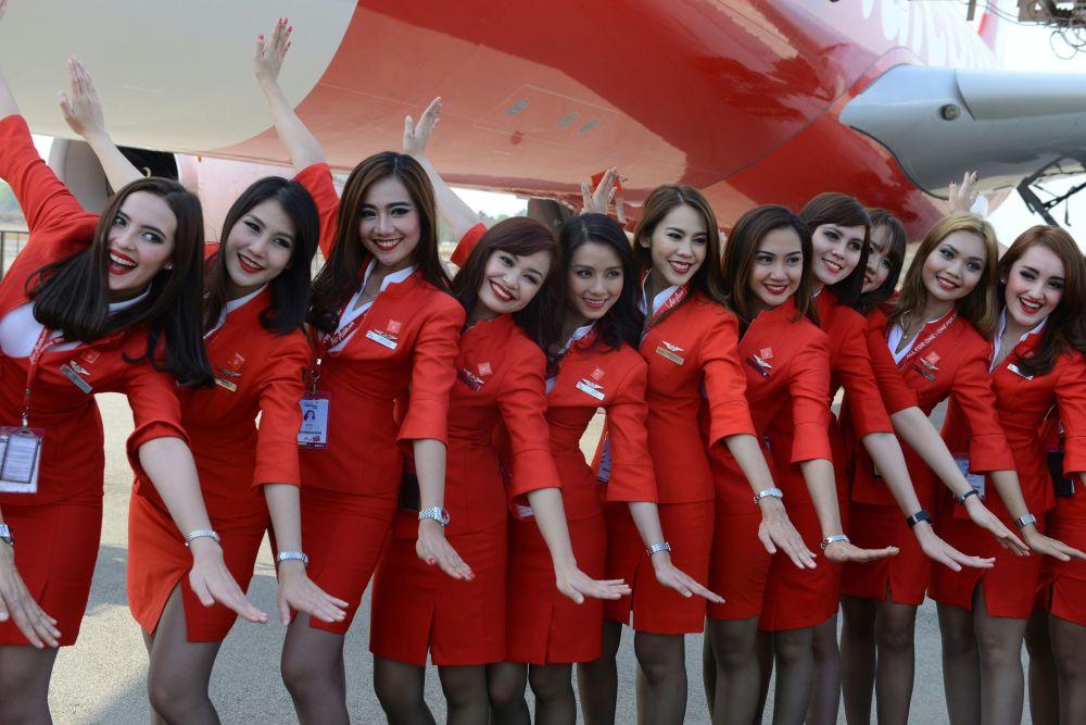 Letušky aerolinek Air Asia