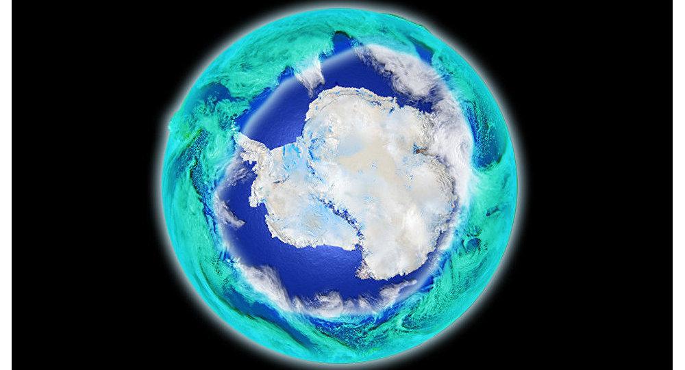 Ozónová díra nad Antarktidou