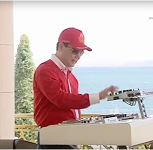 Prezident má talent: Turkmenský vůdce sestrojil auto a pak zarapoval