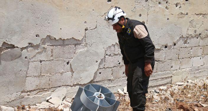 Člen Bílých přileb v Sýrii
