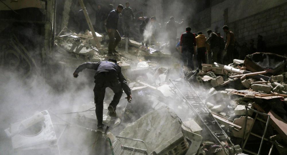 Dobrovolníci z Bílých přileb a Syřané