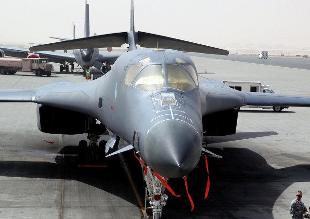 B-1 na základně al-Udeid Air Base