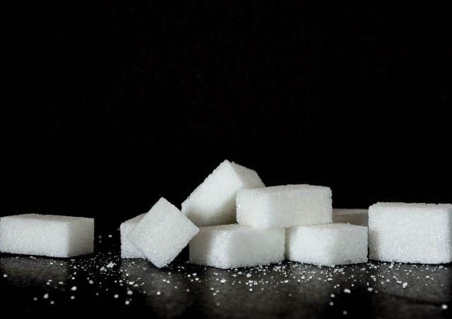 Kostky cukru