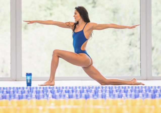 Maďarská plavkyně Zsuzsanna Jakabosová