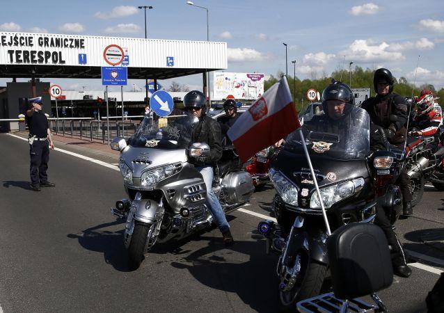 Polští motorkáři