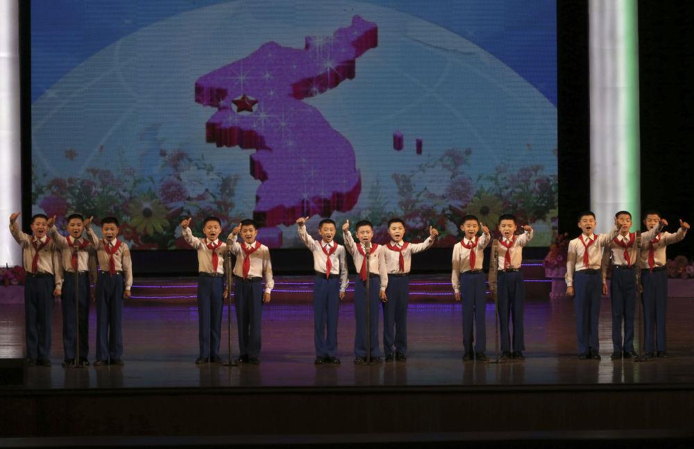 Severní Korea bez cenzury. Jak se žije v nejuzavřenějším státě světa?