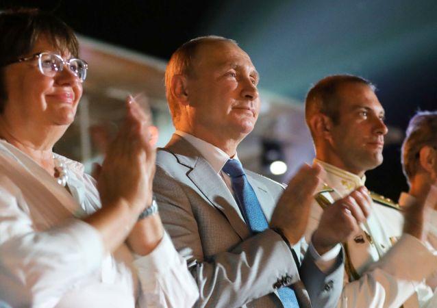 Prezident Ruska Vladimir Putin během zahájení festivalu Opera v Chersonésu