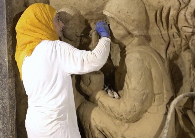 Obraz války. Syřané změnili tunely teroristů na umělecké dílo