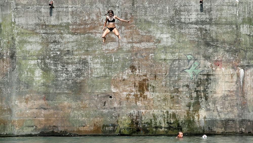 Nejživější fotografie tohoto týdne: Politika, sport a příroda očima kamery