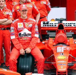 Legendární pilot Formule 1 Michael Schumacher ještě v barvách Ferrari
